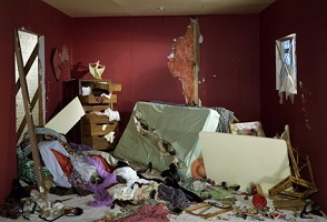 1_JW-Destroyed_Room_1978_lo-res_2_jpg_423x10000_q85